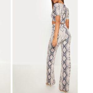 PrettyLittleThing Pants - Grey Snake Short Sleeve Rib Set